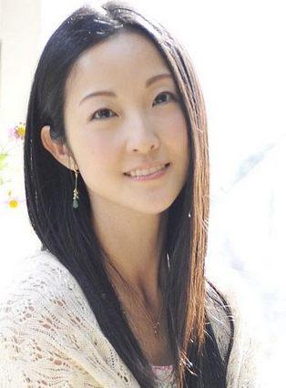 shizuka-itou-5c5c0ffcd809ep.jpg